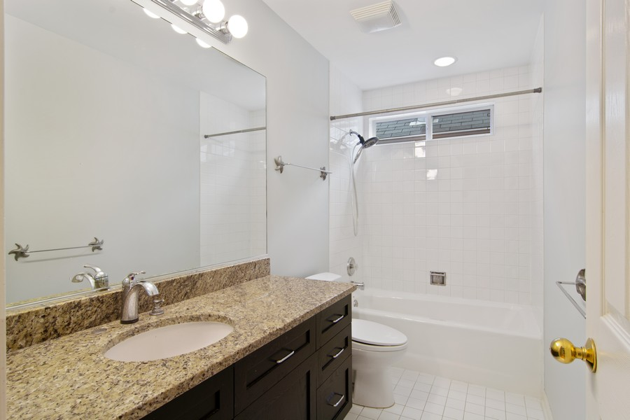 Real Estate Photography - 329 W Goethe, Chicago, IL, 60610 - Bathroom