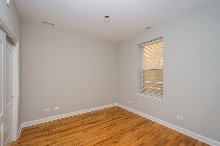 Real Estate Photography - 2920 N Lincoln Ave, #2, Chicago, IL, 60657 - 2nd Bedroom