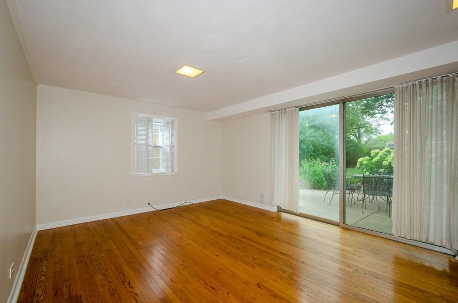 Real Estate Photography - 9632 Kildare, Skokie, IL, 60076 - Family Room