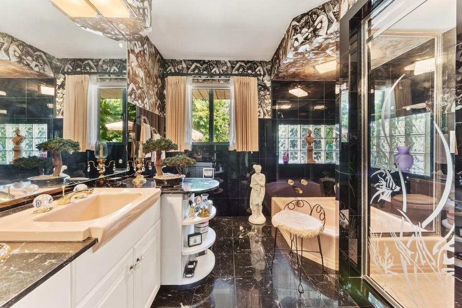 Real Estate Photography - 126 Brinker, Barrington Hills, IL, 60010 - 3rd Bathroom