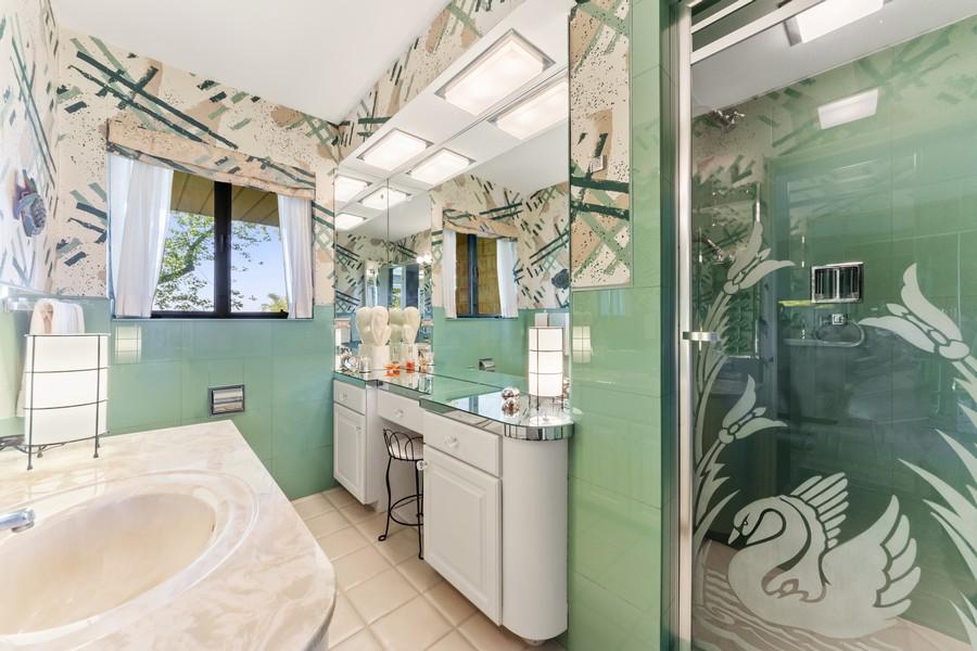 Real Estate Photography - 126 Brinker, Barrington Hills, IL, 60010 - 4th Bathroom