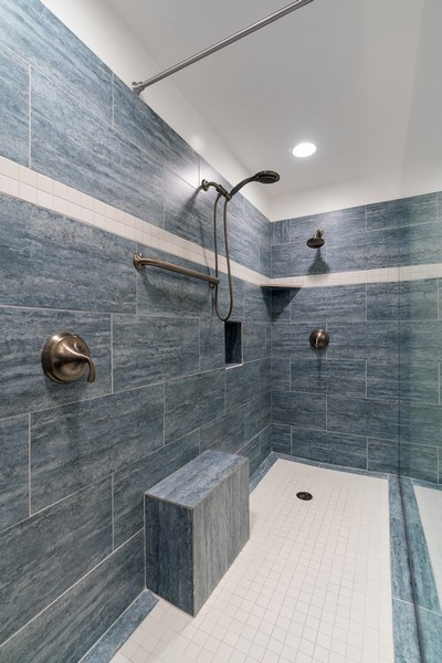 Real Estate Photography - 530 N Lake Shore Dr, 1707, Chicago, IL, 60611 - Master Bathroom