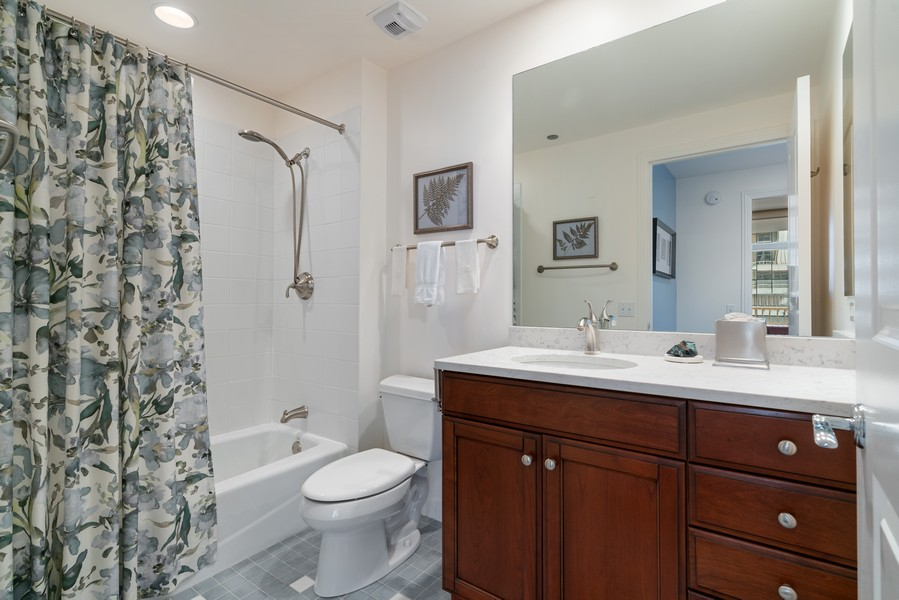 Real Estate Photography - 530 N Lake Shore Dr, 1707, Chicago, IL, 60611 - Bathroom