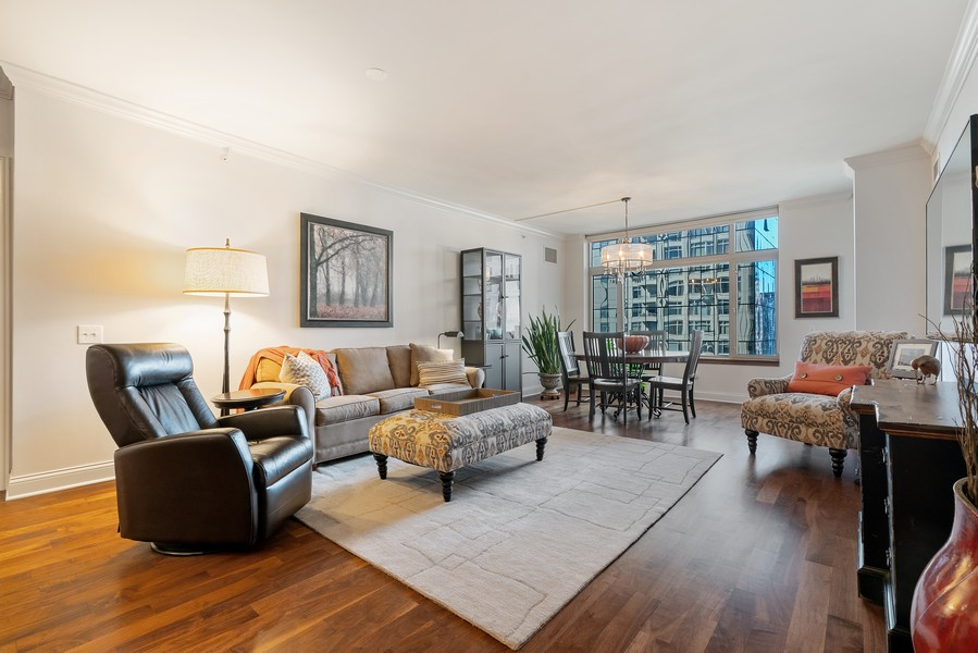 Real Estate Photography - 530 N Lake Shore Dr, 1708, Chicago, IL, 60611 - Living Room