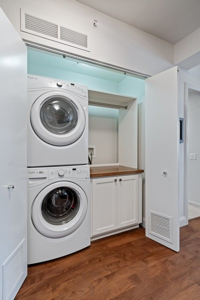 Real Estate Photography - 530 N Lake Shore Dr, 1708, Chicago, IL, 60611 - Laundry Room