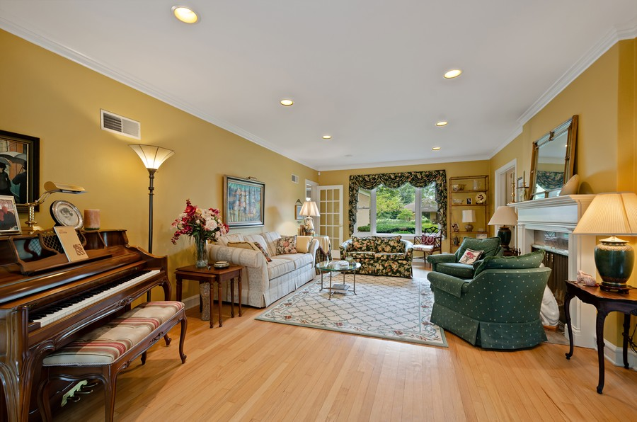 Real Estate Photography - 9301 Ridgeway Ave, Evanston, IL, 60203 - Living Room