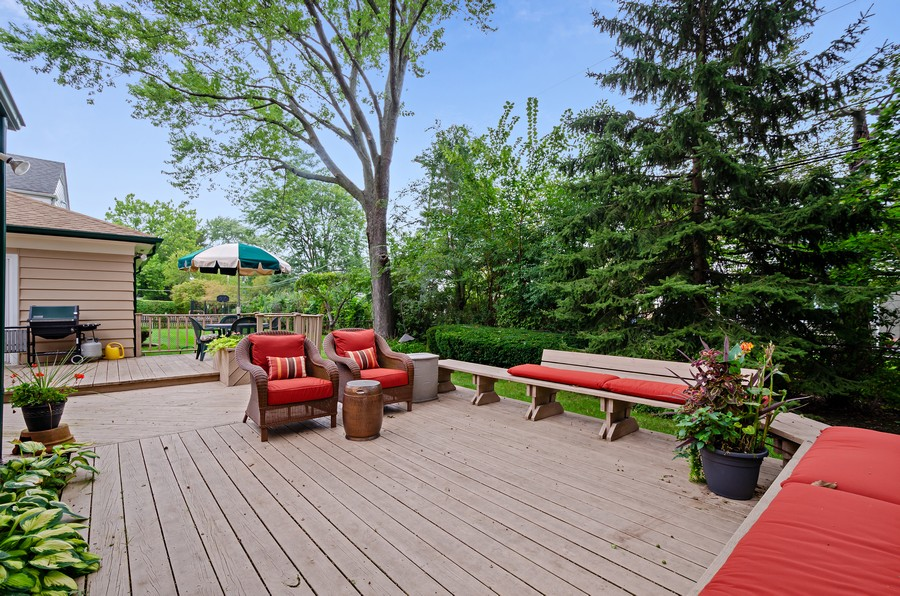 Real Estate Photography - 9301 Ridgeway Ave, Evanston, IL, 60203 - Deck