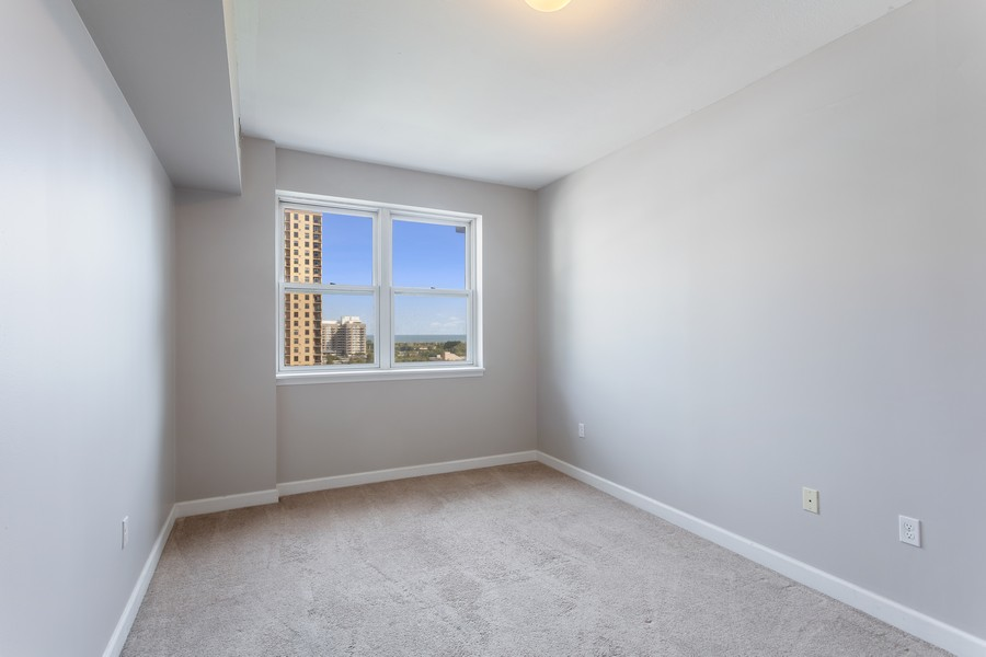 Real Estate Photography - 5 E 14th Place, Unit 1101, Chicago, IL, 60605 - Bedroom