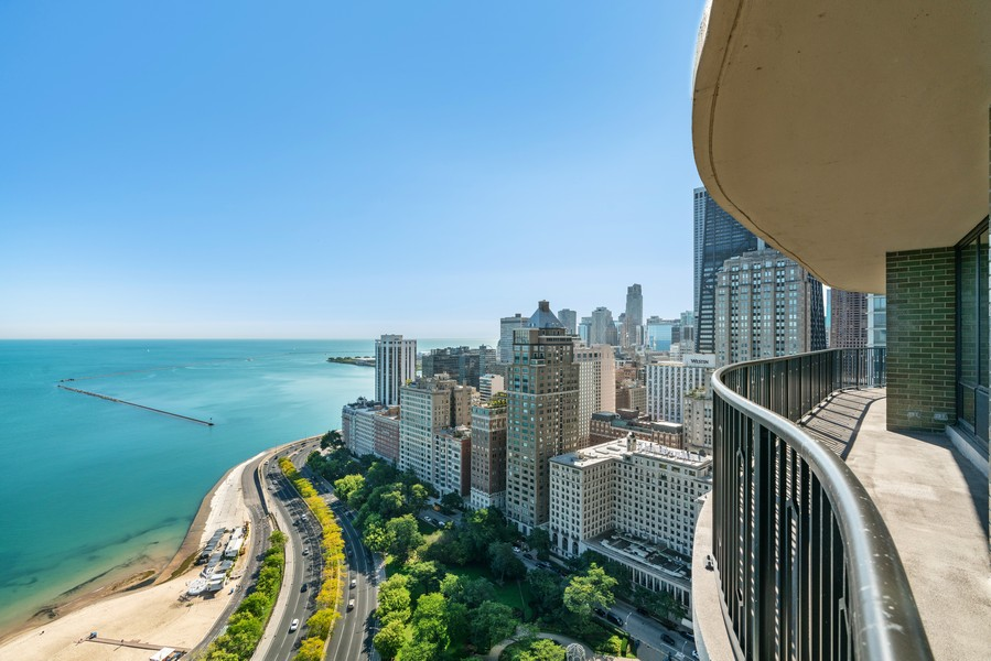 Real Estate Photography - 1040 N Lake Shore Dr, 36BC, Chicago, IL, 60614 - East View From Balcony
