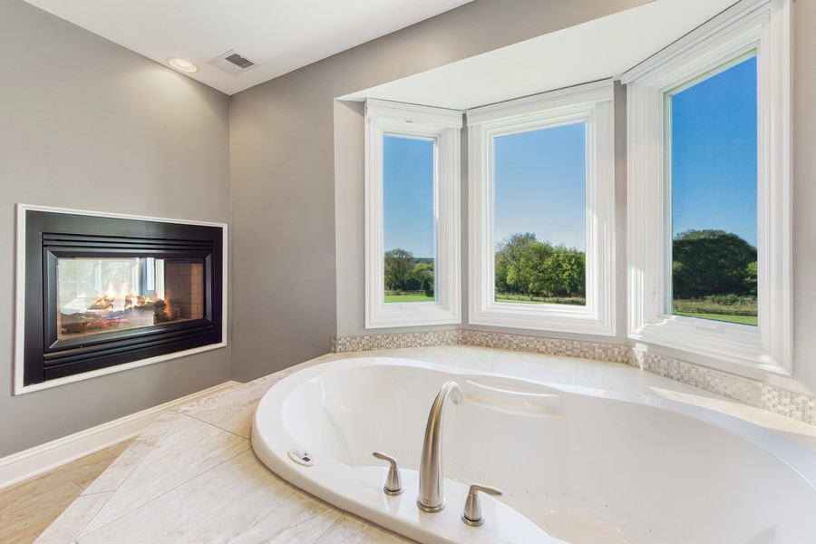 Real Estate Photography - 124 Cranberry Ct, Lake Barrington, IL, 60010 - Master Bathroom