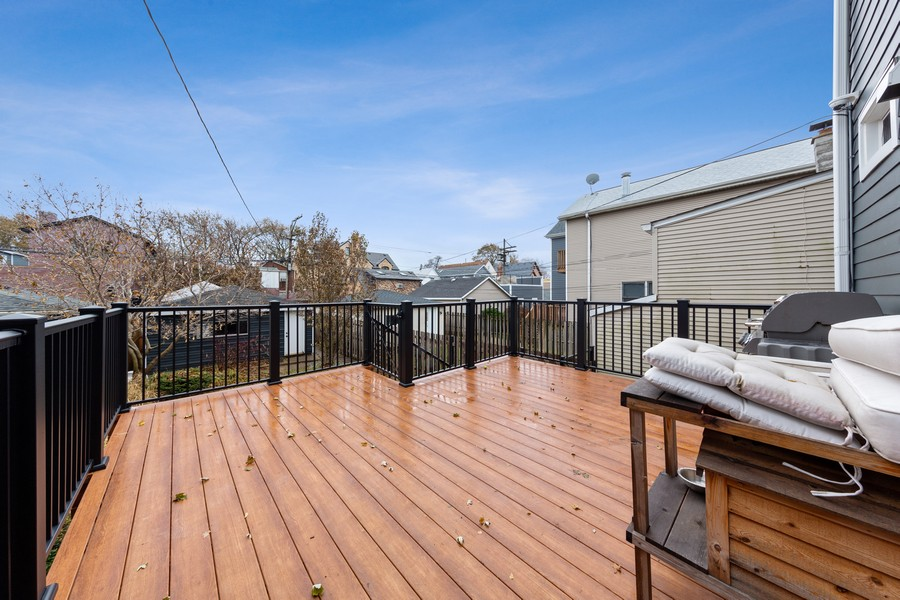 Real Estate Photography - 3537 Hoyne, Chicago, IL, 60657 - Deck
