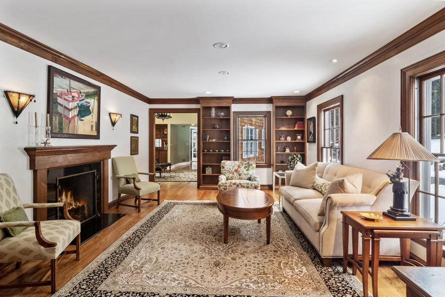 Real Estate Photography - 366 S Bateman Circle, Barrington Hills, IL, 60010 - Living Room