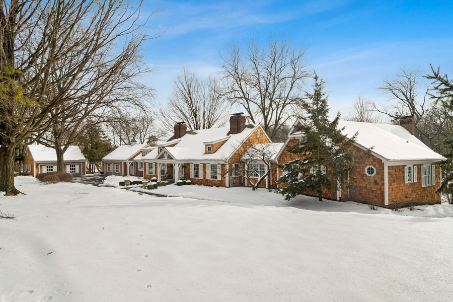 Real Estate Photography - 366 S Bateman Circle, Barrington Hills, IL, 60010 - Front View