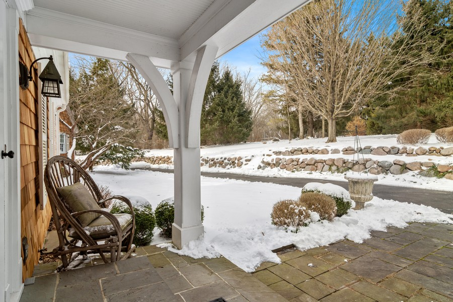 Real Estate Photography - 366 S Bateman Circle, Barrington Hills, IL, 60010 - Entryway