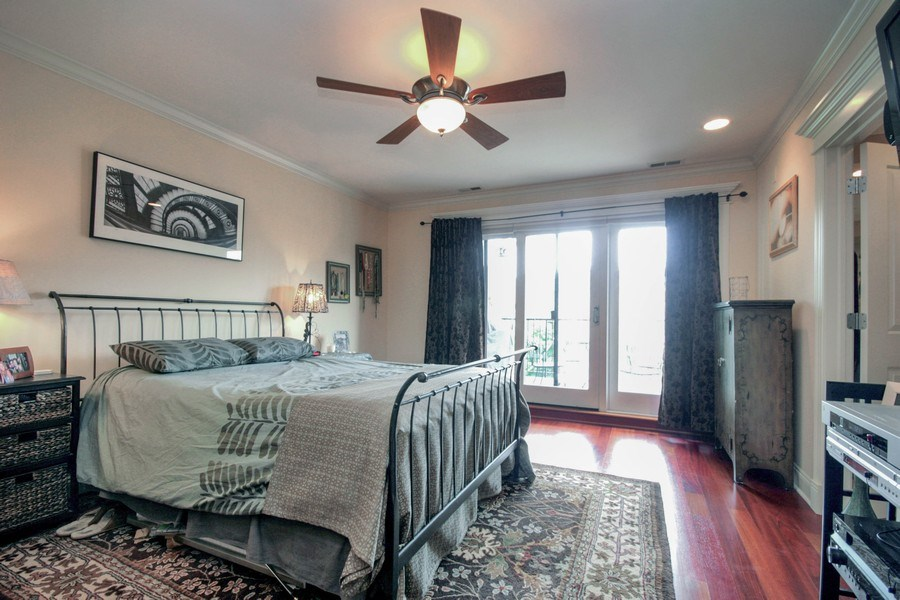 Real Estate Photography - 643 W Wellington, 4, Chicago, IL, 60657 - Master Bedroom