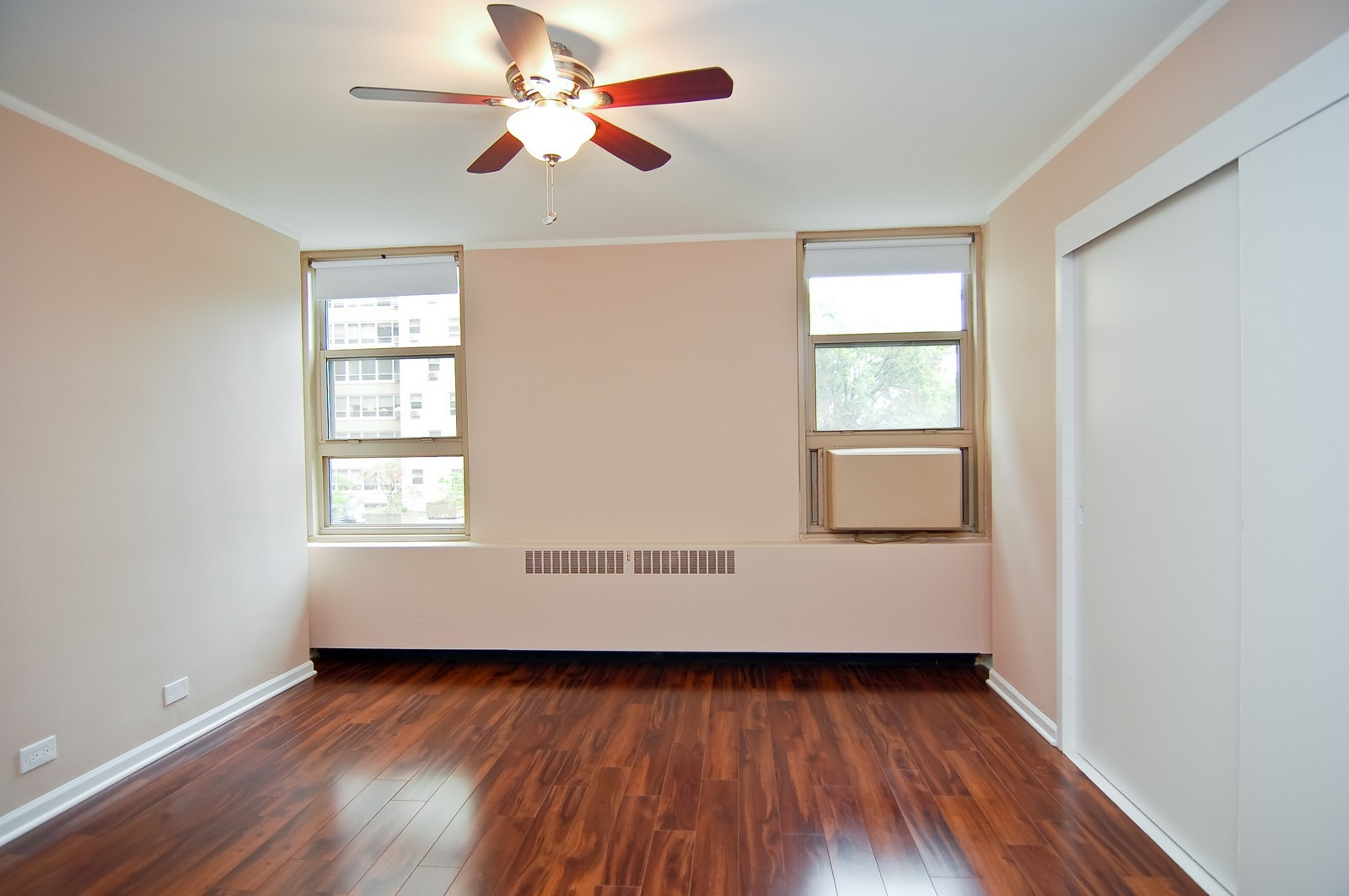 Real Estate Photography - 3950 N. Lake Shore Dr., 328E, Chicago, IL, 60613 - Bedroom