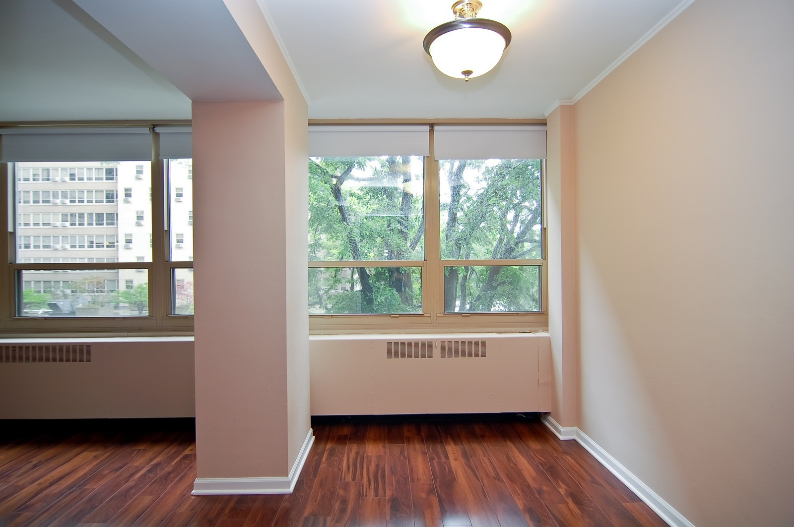 Real Estate Photography - 3950 N. Lake Shore Dr., 328E, Chicago, IL, 60613 - Dining Room