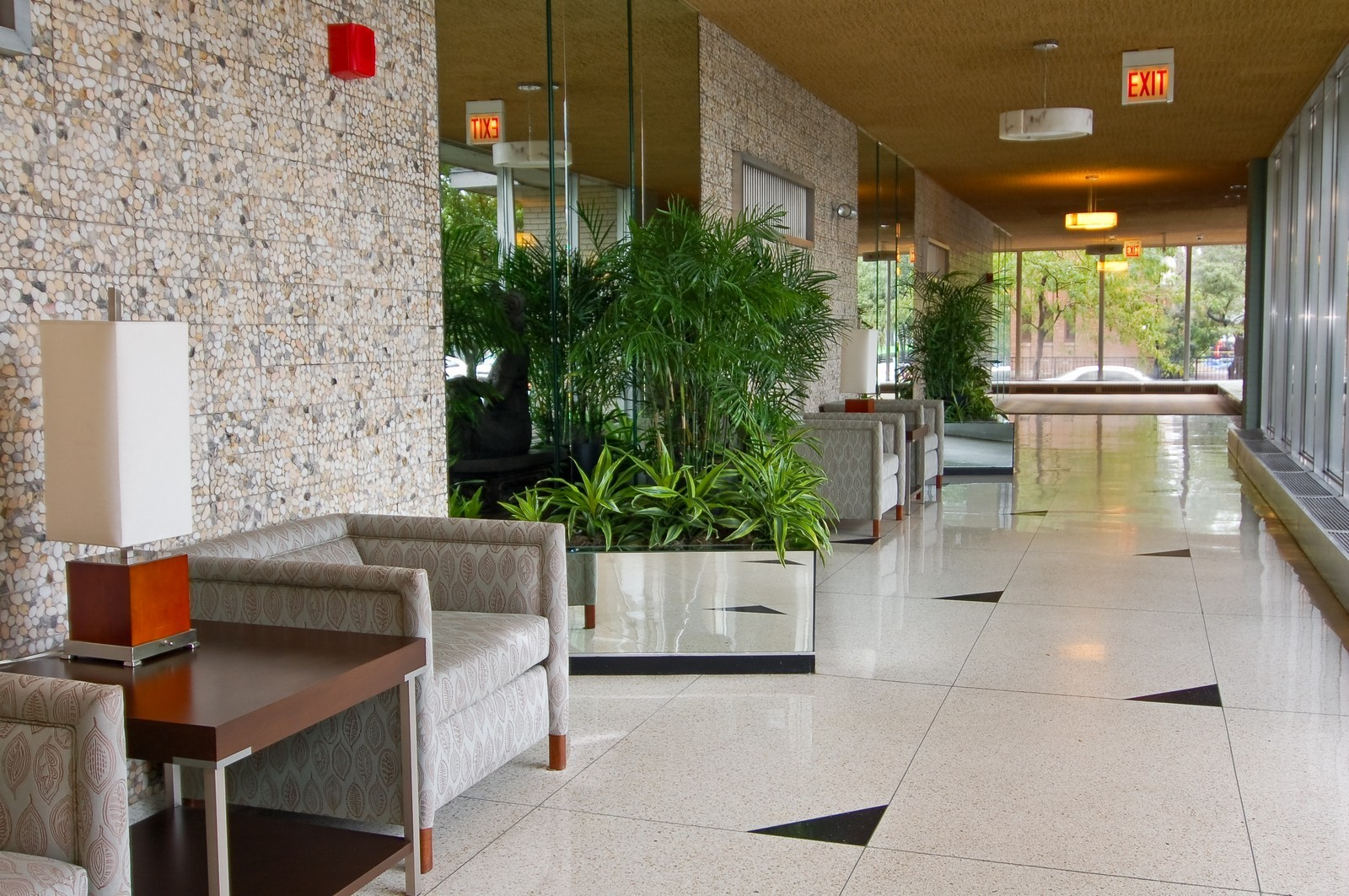 Real Estate Photography - 3950 N. Lake Shore Dr., 328E, Chicago, IL, 60613 - Foyer