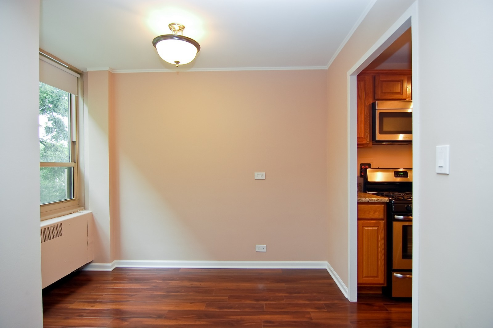 Real Estate Photography - 3950 N. Lake Shore Dr., 328E, Chicago, IL, 60613 - Kitchen / Dining Room