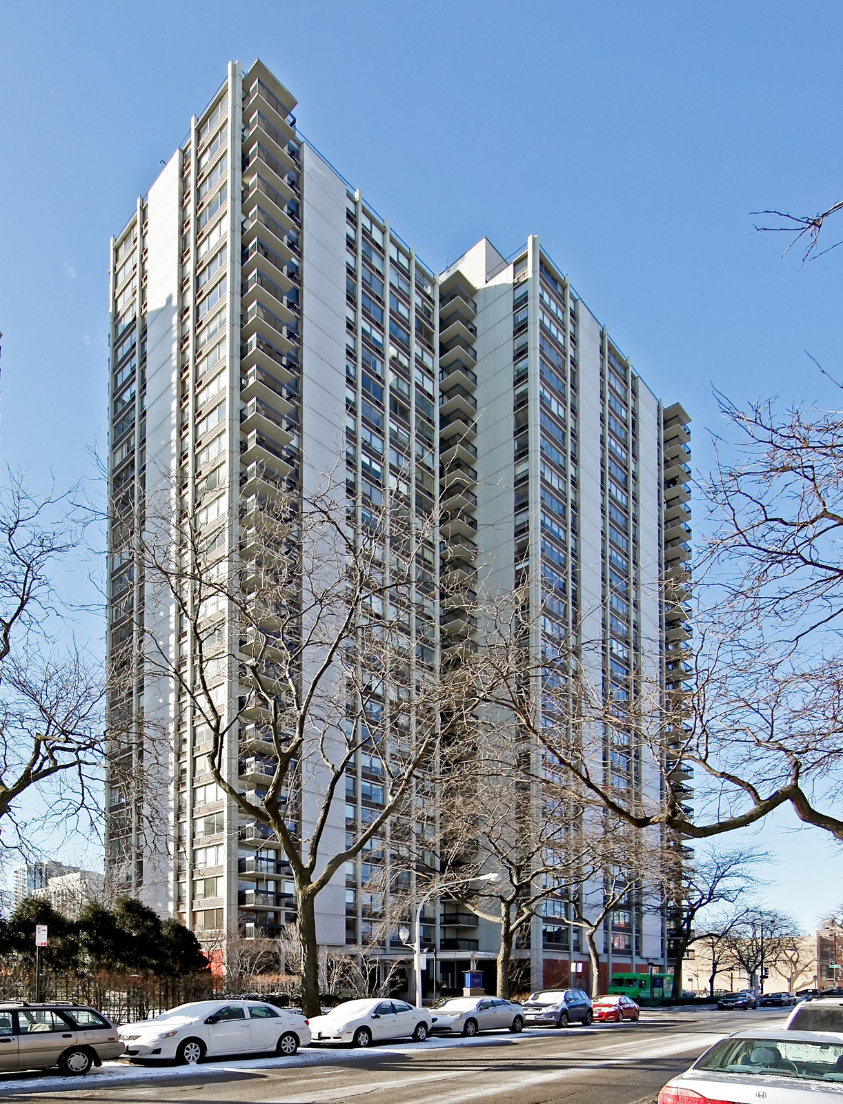 Real Estate Photography - 1360 Sandburg, 2103, Chicago, IL, 60610 - Front View