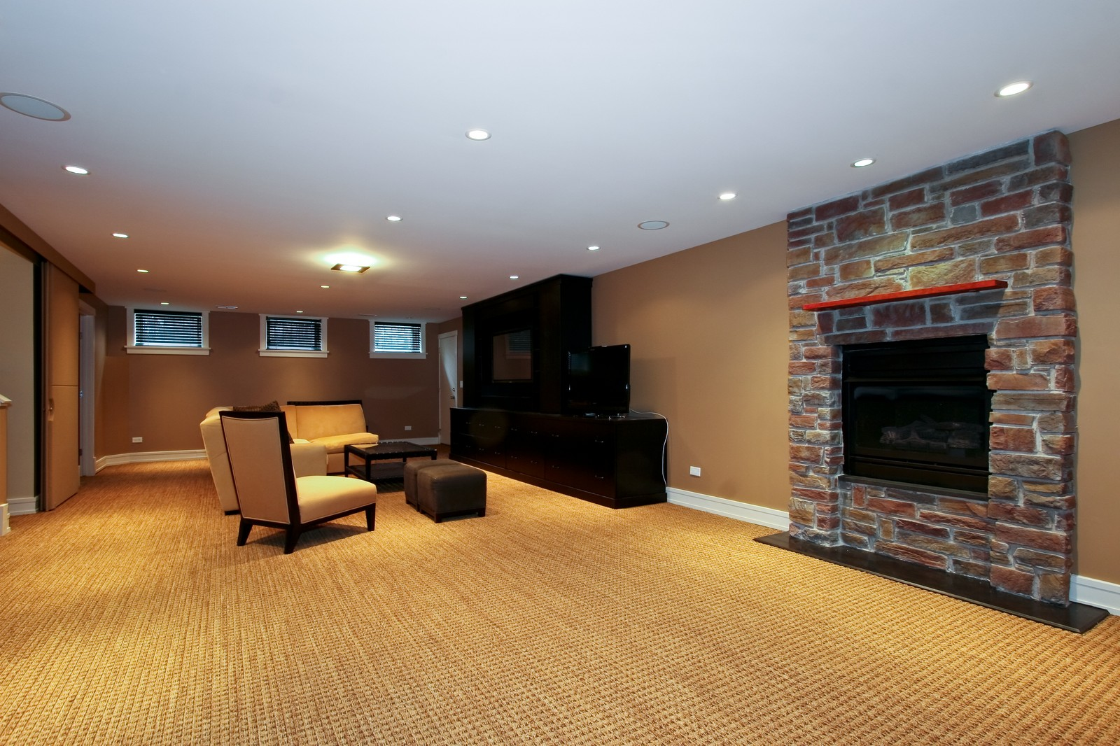 Real Estate Photography - 444 W. 38th Street, Chicago, IL, 60609 - Recreation Room