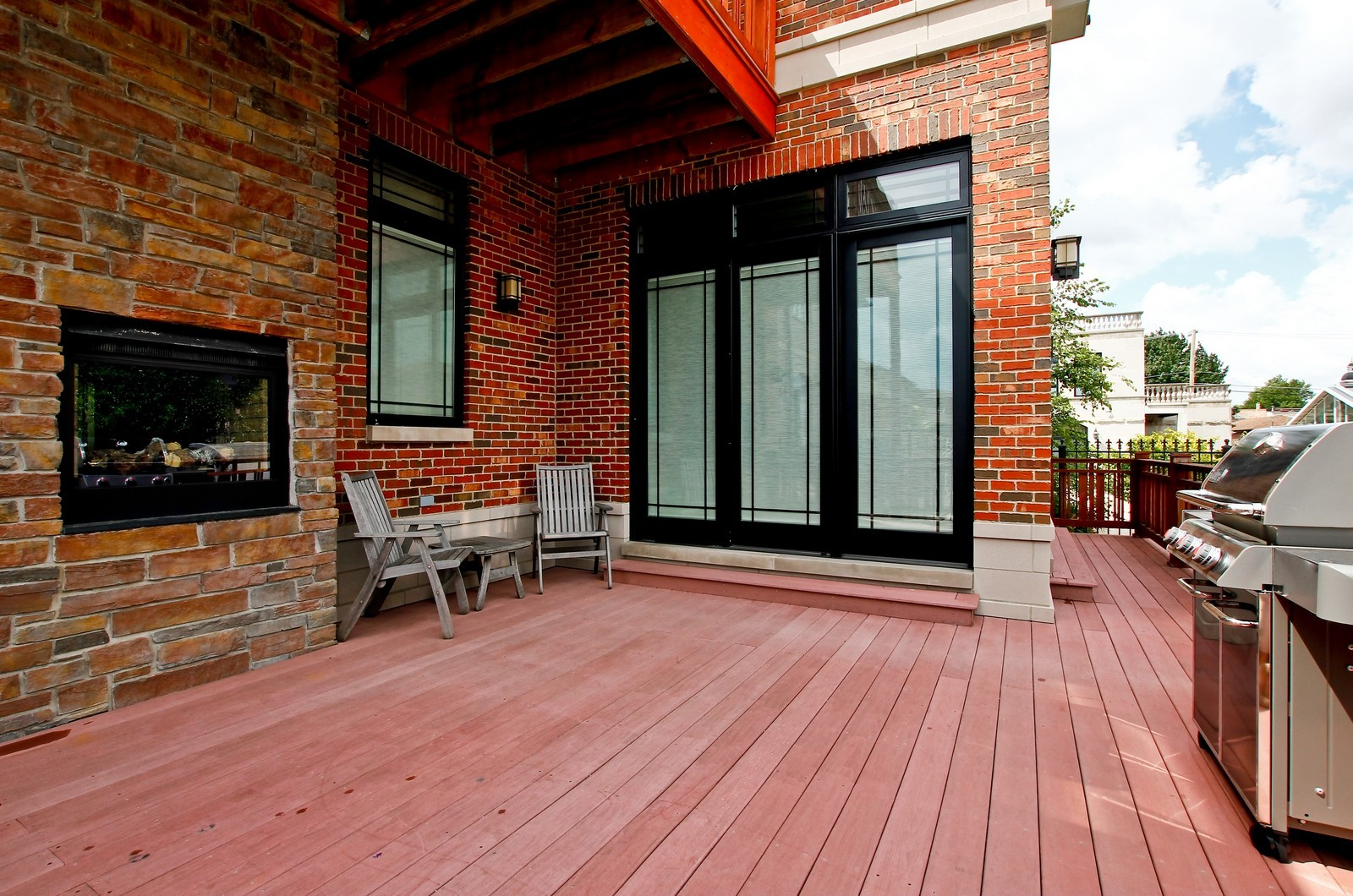 Real Estate Photography - 444 W. 38th Street, Chicago, IL, 60609 - Patio