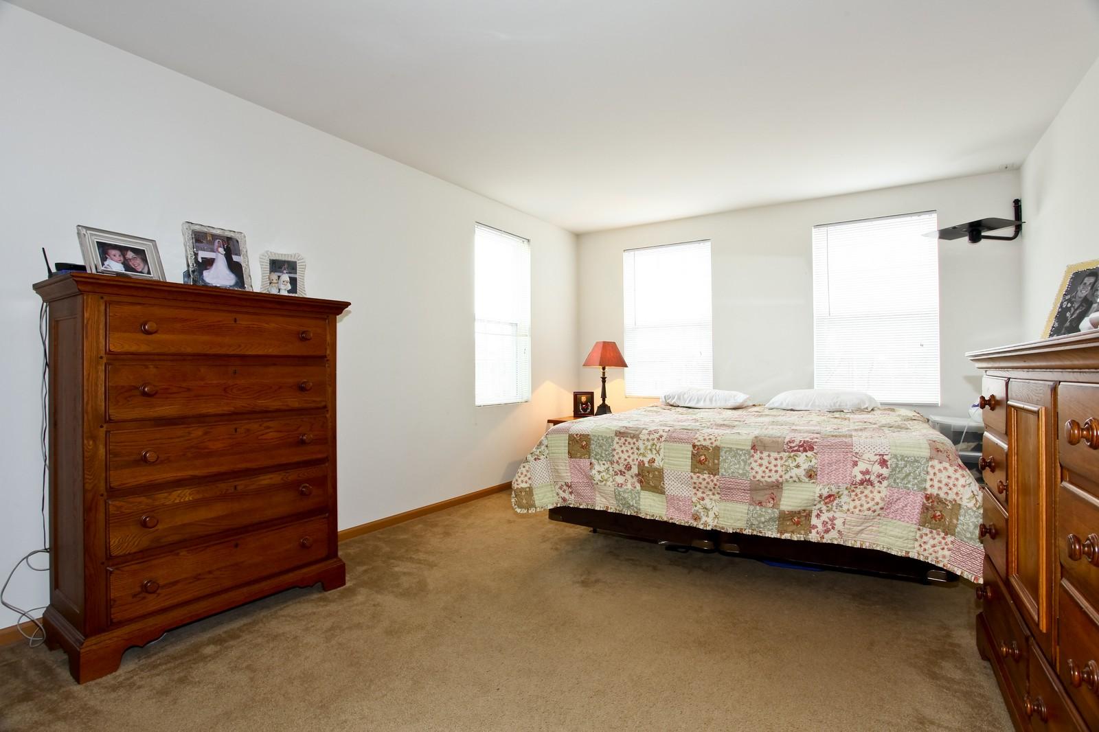Real Estate Photography - 1745 Rebecca Lane, Aurora, IL, 60504 - Master Bedroom