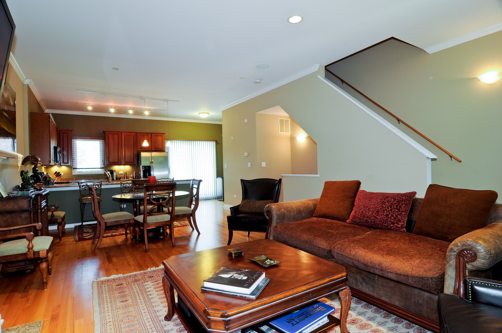 Real Estate Photography - 4024 N. Clark Street, Chicago, IL, 60613 - Living Room / Dining Room