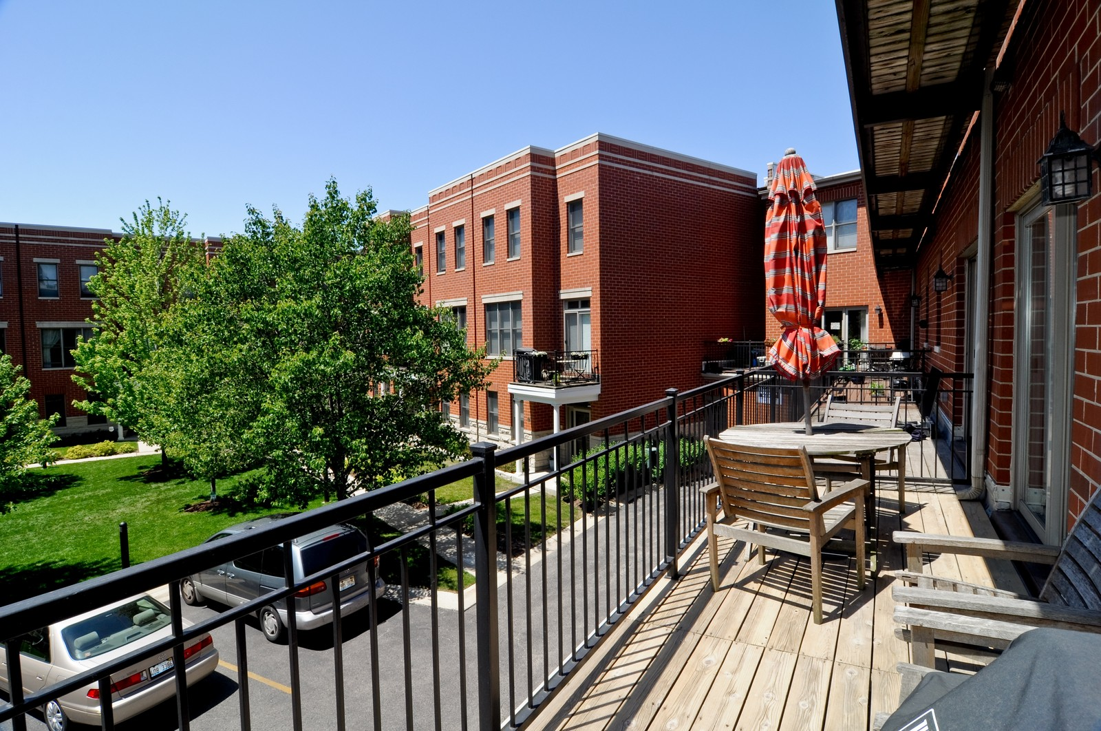 Real Estate Photography - 4024 N. Clark Street, Chicago, IL, 60613 - Balcony