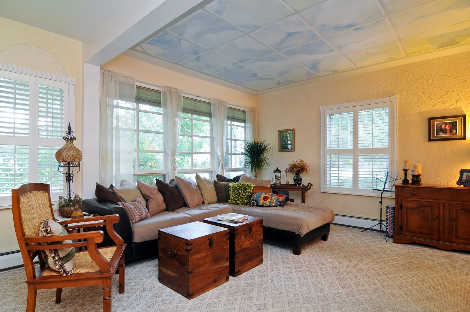 Real Estate Photography - 158 S. Lake, Grayslake, IL, 60030 - Living Room