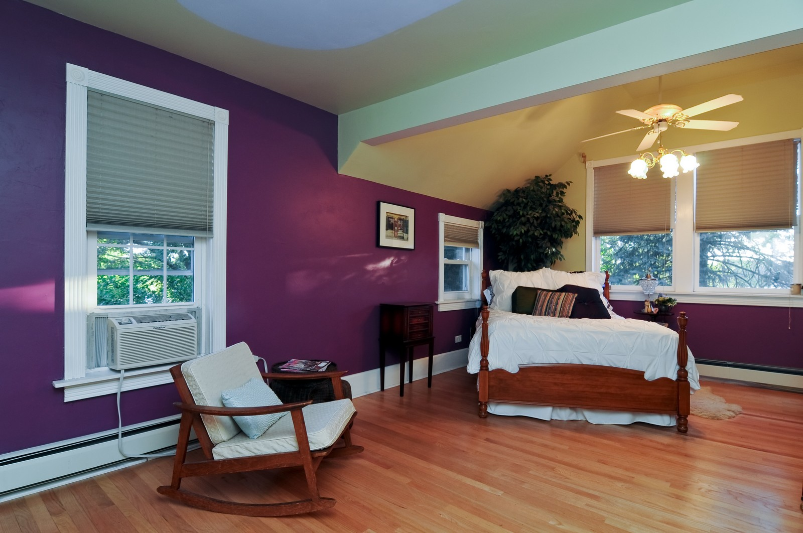 Real Estate Photography - 158 S. Lake, Grayslake, IL, 60030 - Master Bedroom
