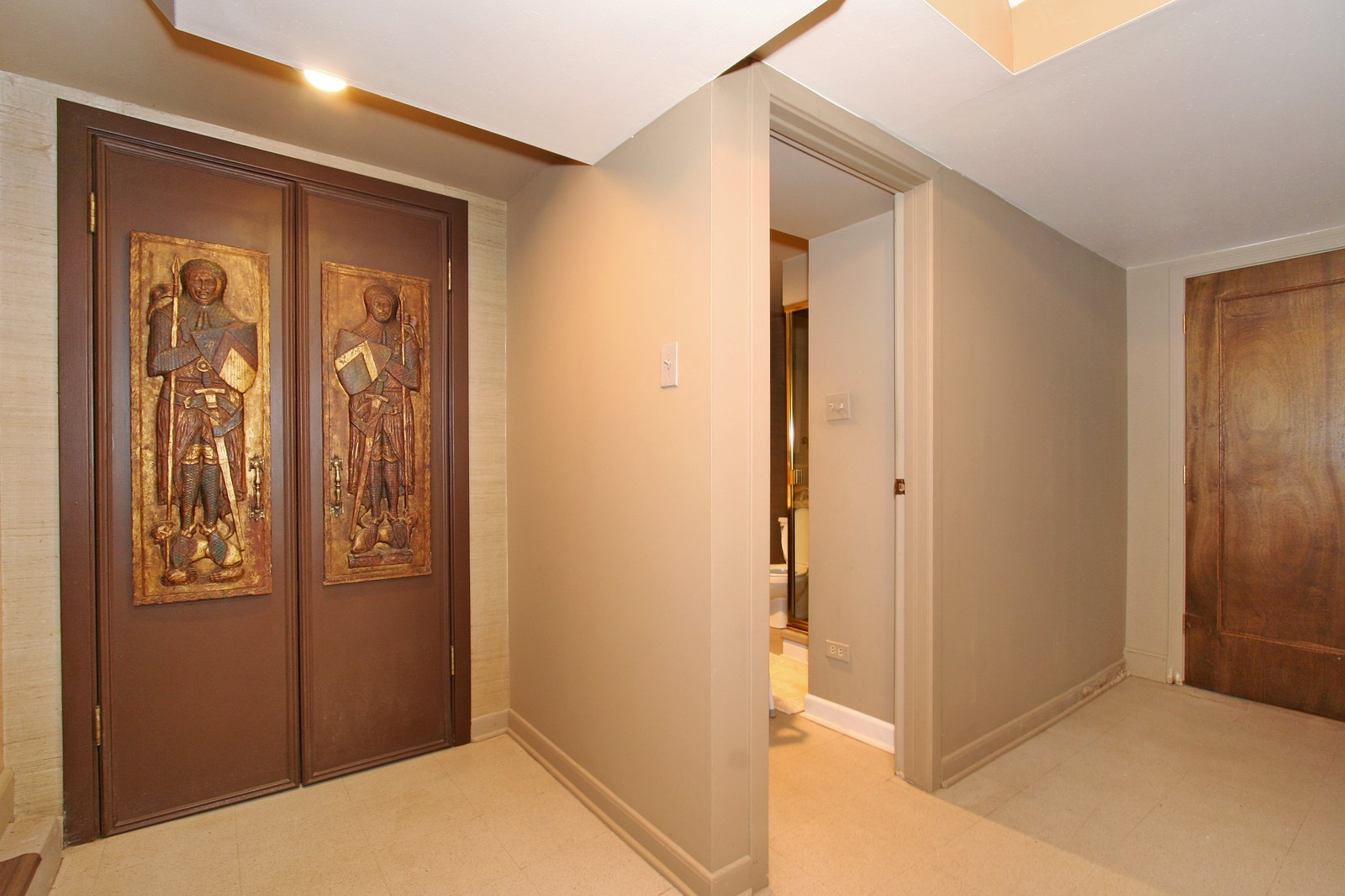 Real Estate Photography - 8929 S. Pleasant, Chicago, IL, 60643 - Hallway