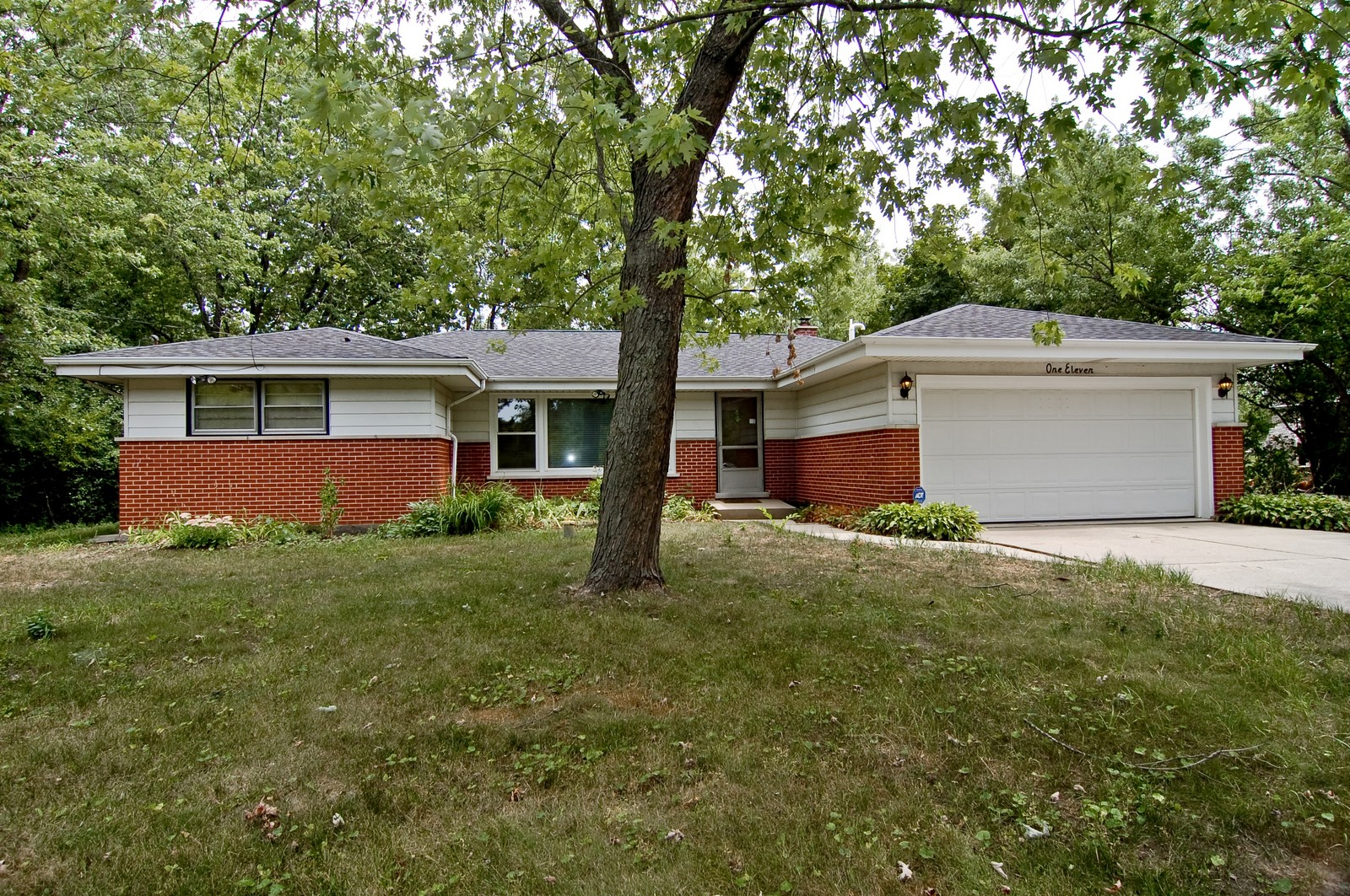 Real Estate Photography - 111 N. Dale, Prospect Heights, IL, 60070 - Front View