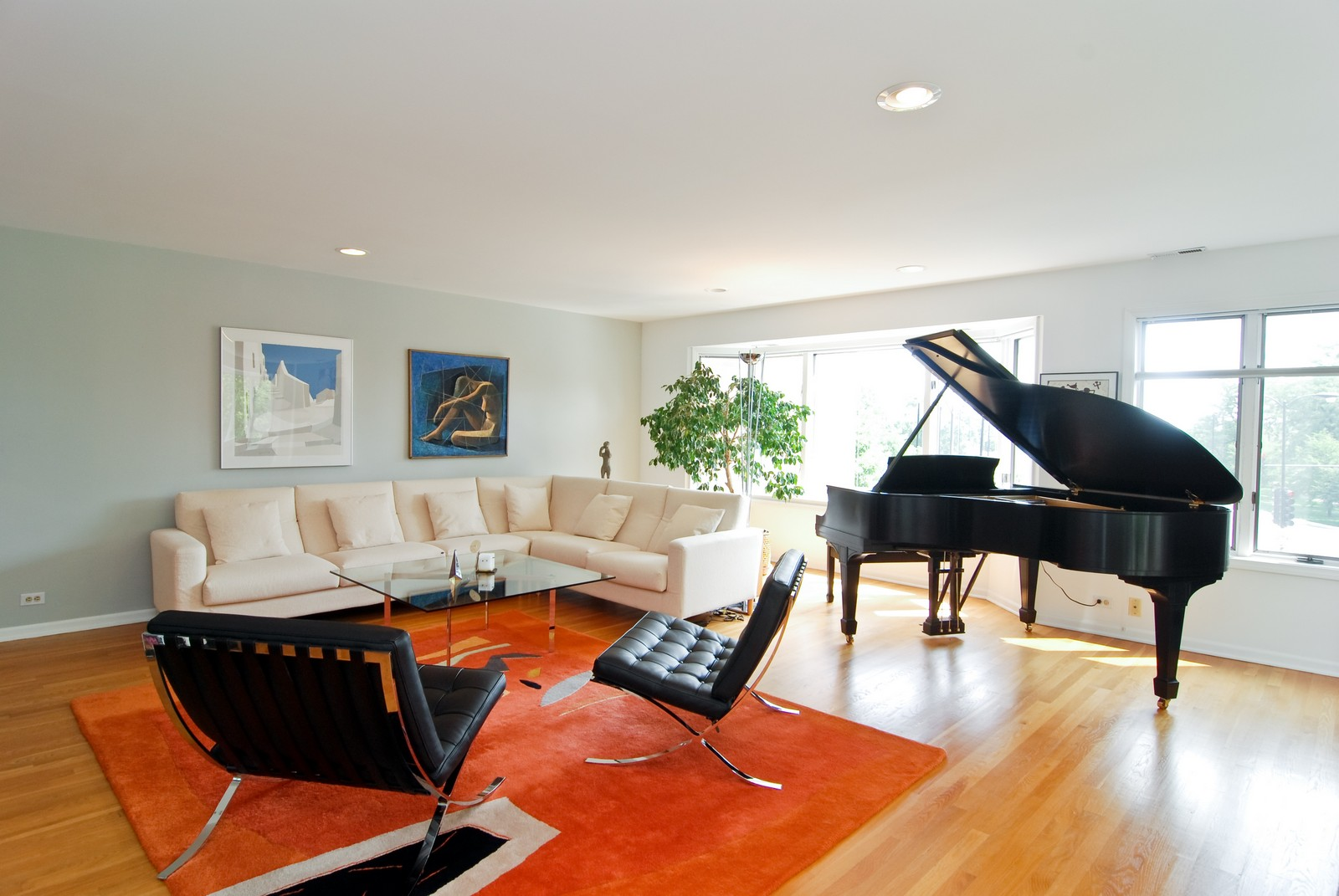 Real Estate Photography - 1720 N LaSalle, 25, Chicago, IL, 60614 - Living Room
