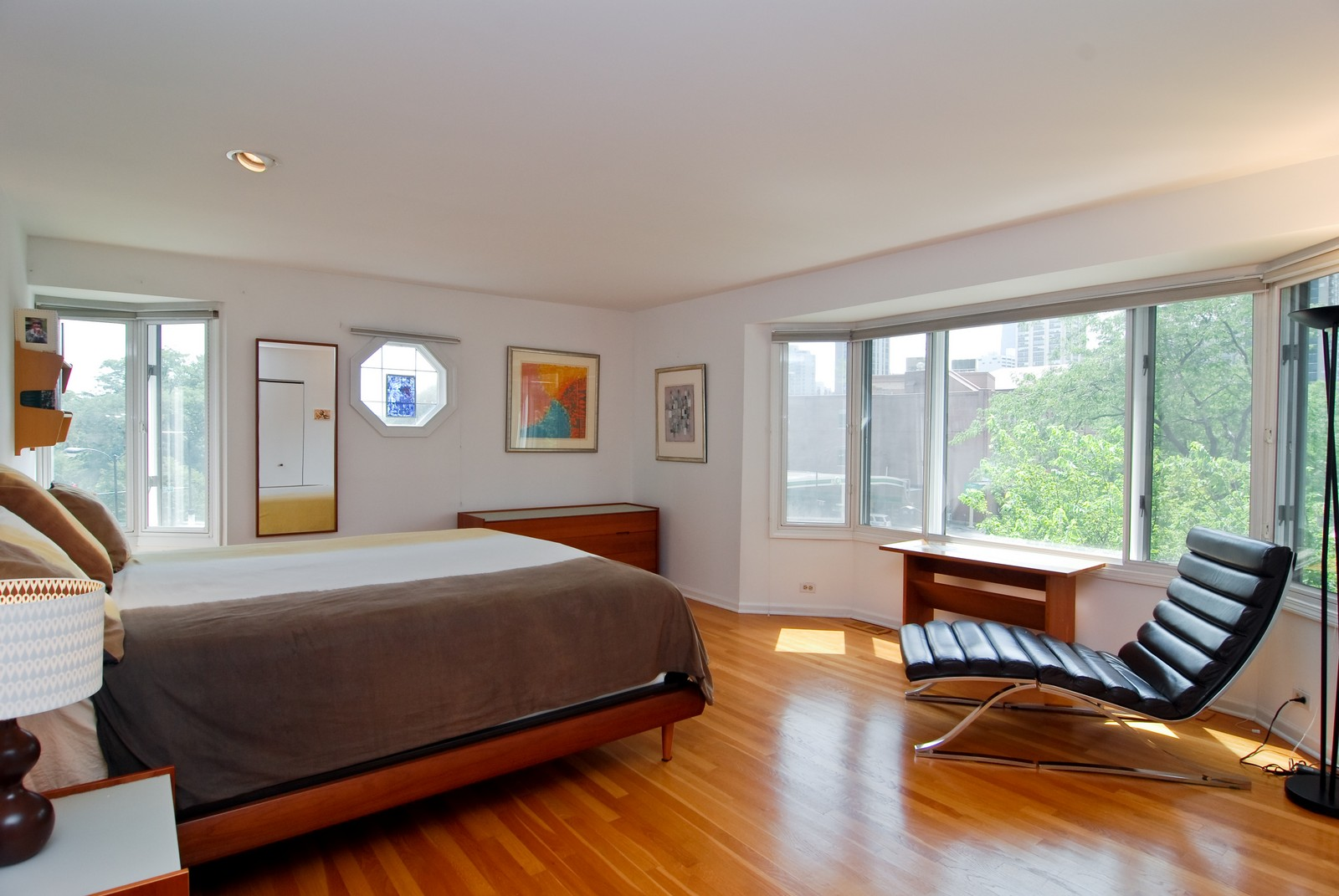 Real Estate Photography - 1720 N LaSalle, 25, Chicago, IL, 60614 - Master Bedroom
