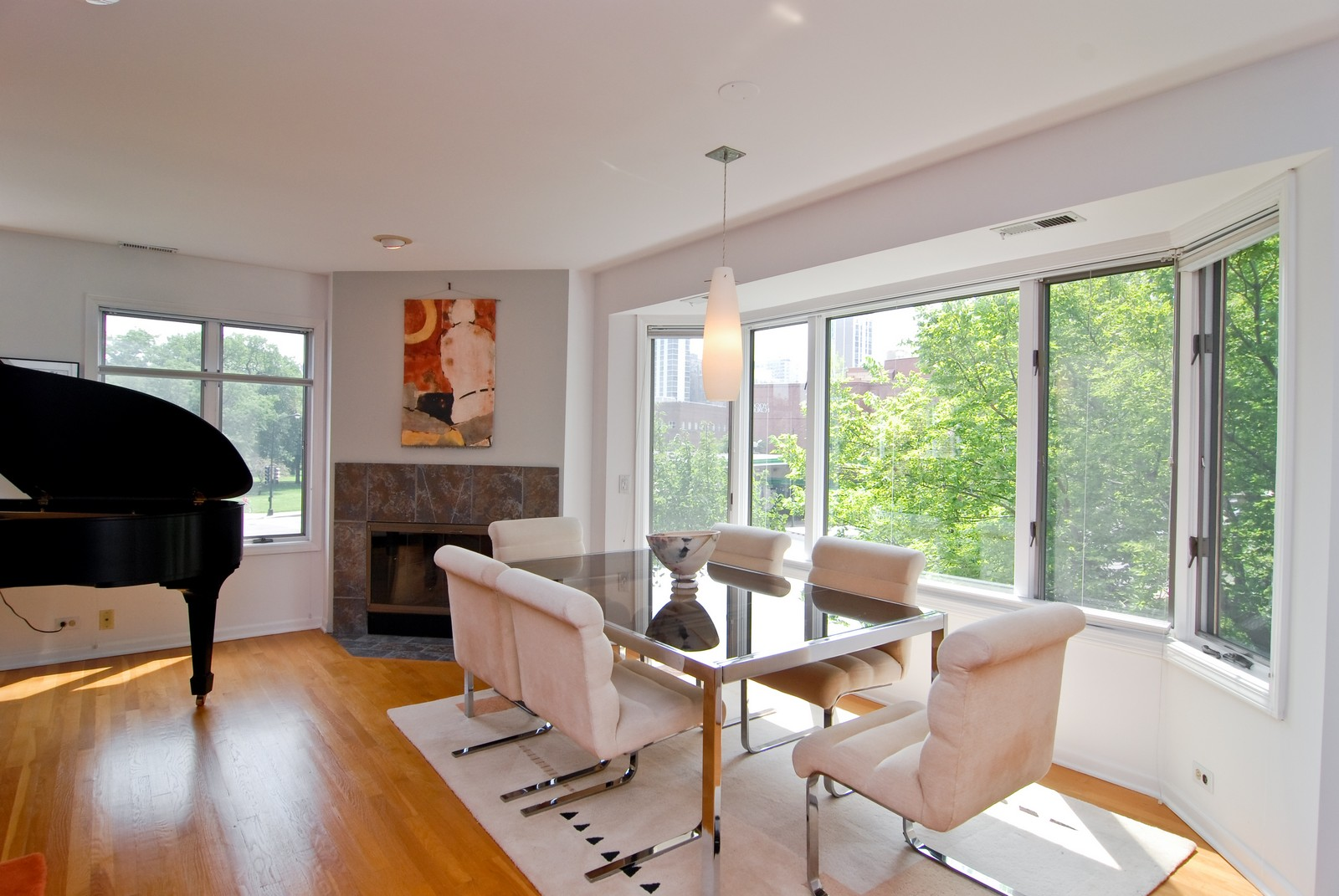 Real Estate Photography - 1720 N LaSalle, 25, Chicago, IL, 60614 - Dining Room