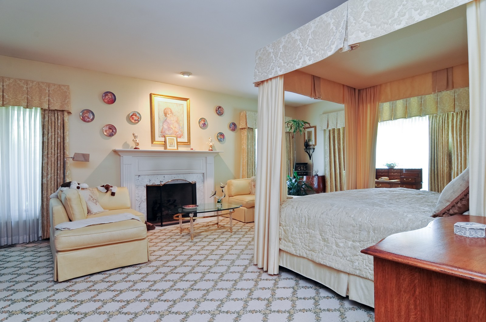 Real Estate Photography - 1390 Kathryn, Lake Forest, IL, 60045 - Master Bedroom