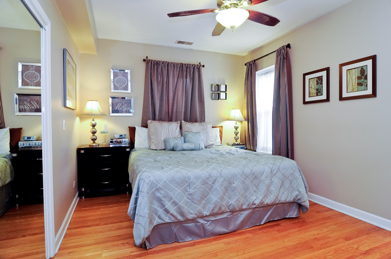 Real Estate Photography - 4912 N. St. Louis Ave, 2S, Chicago, IL, 60625 - Master Bedroom