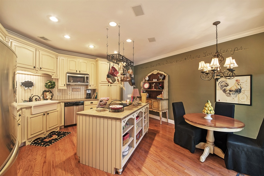 Real Estate Photography - 14 Golf Cottage Drive, naples, FL, 34105 - Kitchen / Breakfast Room