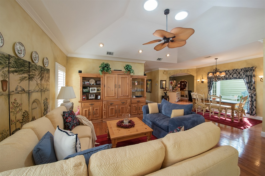 Real Estate Photography - 14 Golf Cottage Drive, naples, FL, 34105 - Kitchen / Living Room