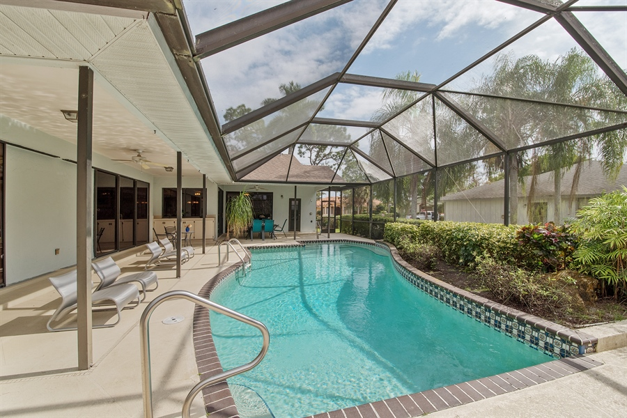 Real Estate Photography - 2211 Imperial Golf Course Blvd, Naples, FL, 34110 - Pool