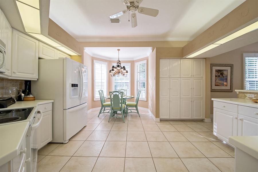 Real Estate Photography - 1935 Seville Blvd, 121, Naples, FL, 34109 - Kitchen / Breakfast Room