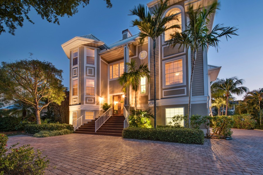 Real Estate Photography - 430 Willet, Naples, FL, 34108 - Front View