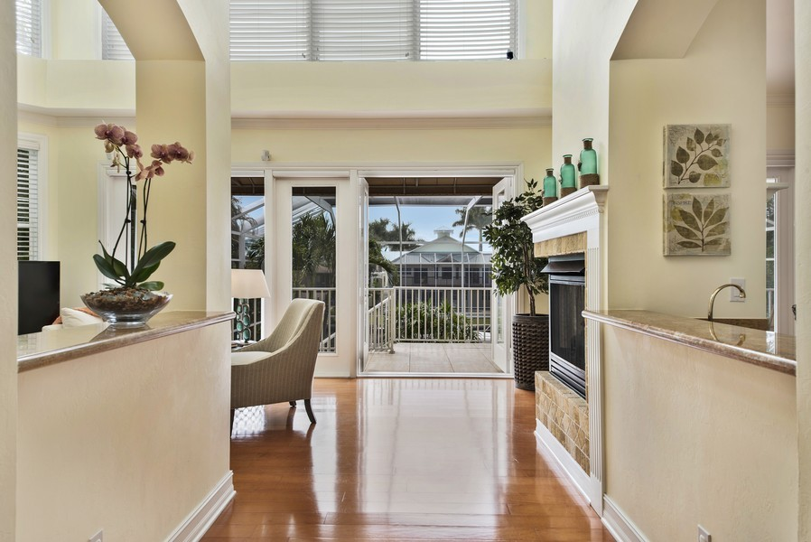 Real Estate Photography - 430 Willet, Naples, FL, 34108 - Entryway