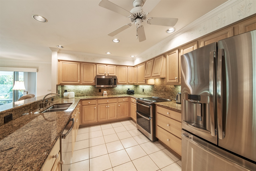 Real Estate Photography - 2095 Imperial Circle, Naples, FL, 34110 - Kitchen