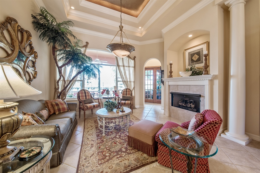 Real Estate Photography - 3071 TERRAMAR DR, NAPLES, FL, 34119 - Living Room