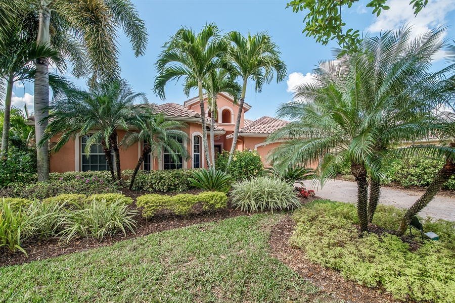 Real Estate Photography - 3071 TERRAMAR DR, NAPLES, FL, 34119 - Front View