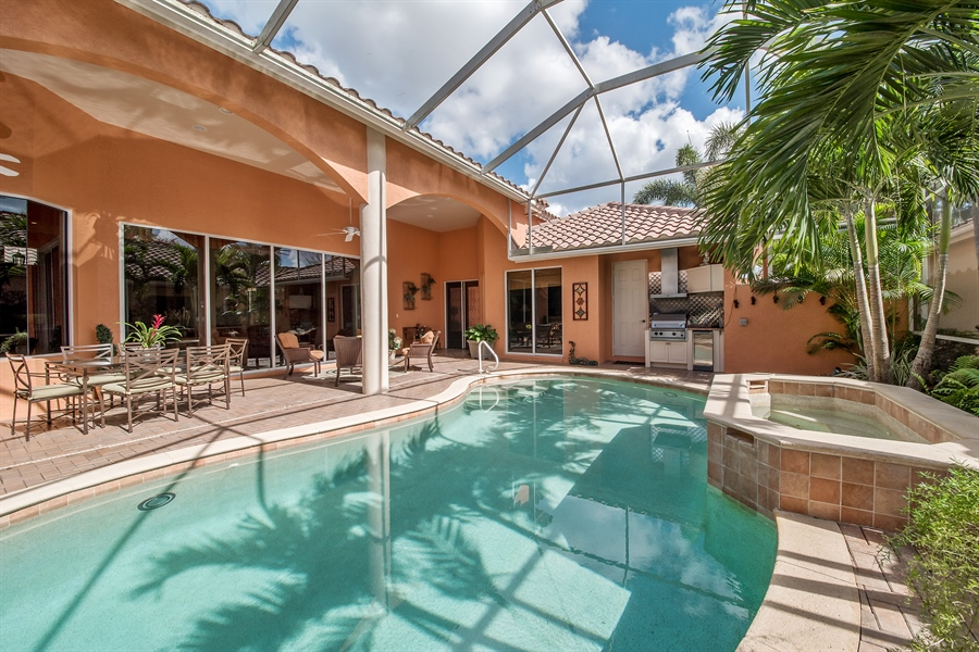 Real Estate Photography - 3071 TERRAMAR DR, NAPLES, FL, 34119 - Lanai