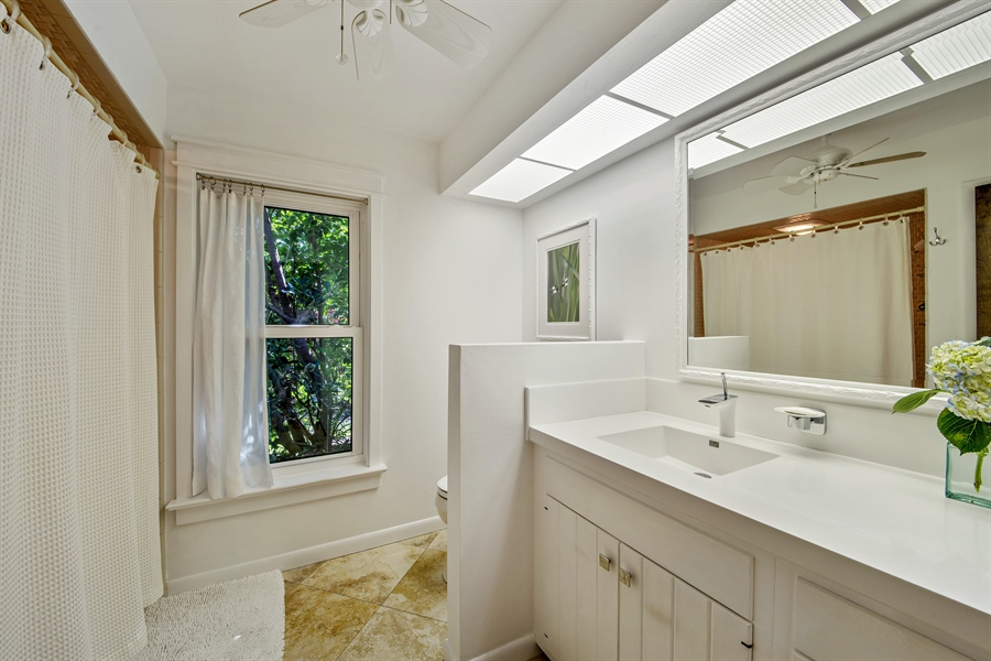 Real Estate Photography - 1818 Princess Ct, Naples, FL, 34110 - Bathroom