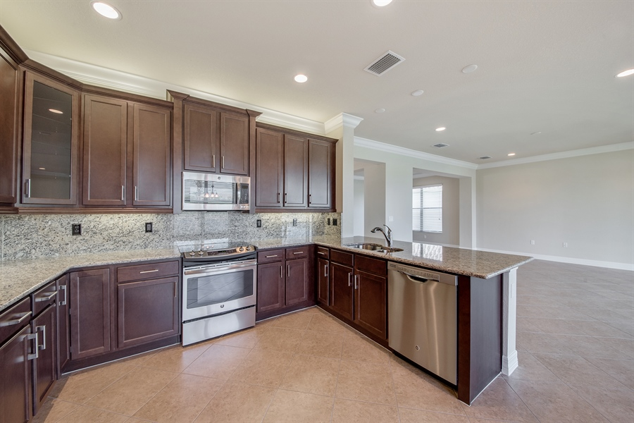 Real Estate Photography - 3599 Beaufort Ct, Naples, FL, 34119 - Kitchen